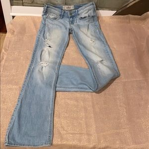 EUC Hollister distressed barely bootcut Jeans